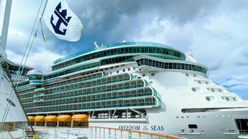 Royal Caribbean Freedom of the Seas and logo flag (c) 2018 Alyce Meserve