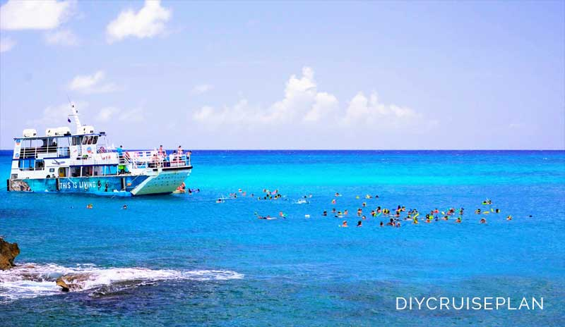 Snorkeling excursion in St. Maartin near Maho Beach